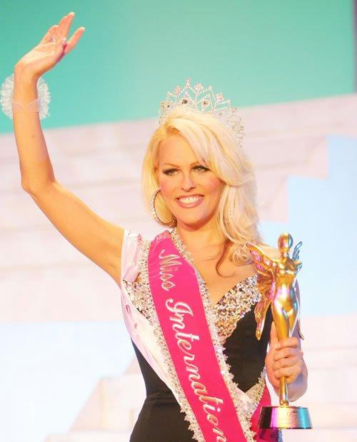Nhan sắc 13 Hoa hậu chuyển giới quốc tế - 12