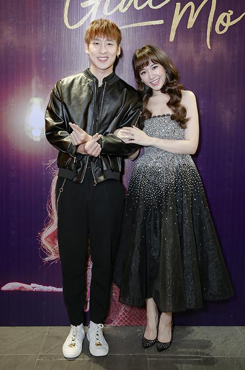 Hari Won gợi cảm cạnh người tình màn ảnh kém tuổi - 2