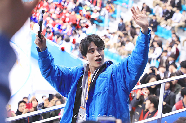 Văn Mai Hương, Bình An được fan Hàn xin chữ ký khi dự fan meeting Lee Dong Wook - 9
