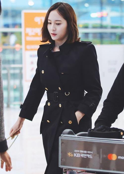 Sun Mi gặp sự cố hài hước, Krystal và Seul Gi đọ style girl crush - 7