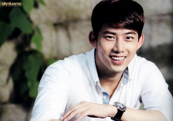 10 thần tượng Hàn có khả năng nói trên 3 ngoại ngữ - 9