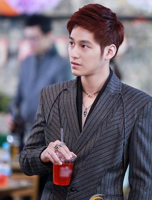 Liệu khi quay lại đóng phim, Kim Bum sẽ đẹp trai như thế này?