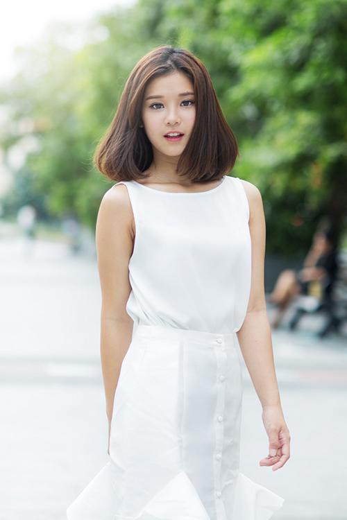 5 hot girl Việt tậu nhà, xế hộp sang khi còn rất trẻ - 6