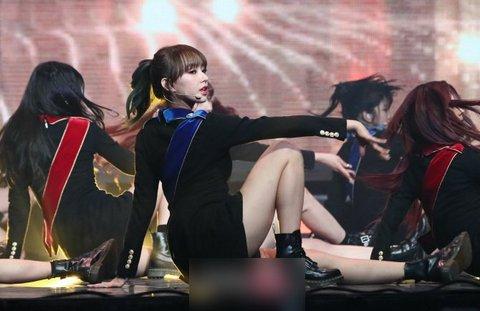 Biểu tượng gợi cảm của Kpop giảm cân gây tranh cãi - 7