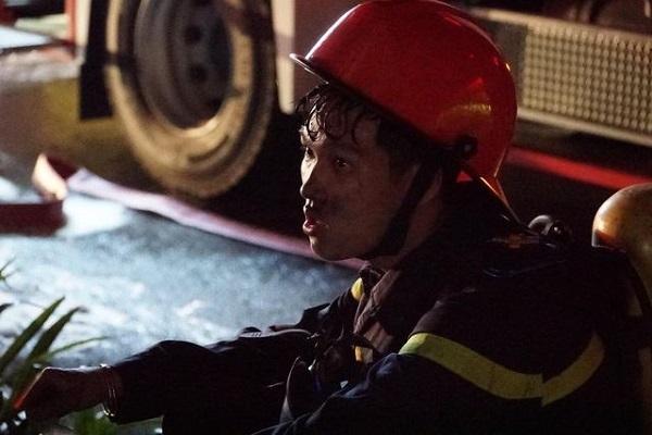 Hình ảnh đẹp của những người hùng trong vụ cháy chung cư Carina - page 2 - 5