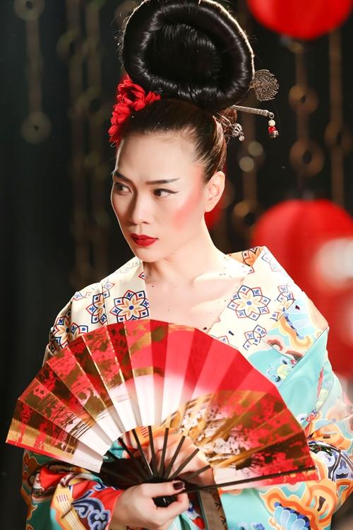 Mỹ Tâm lạ lẫm với hình tượng Geisha - 2