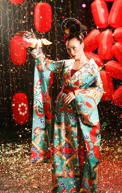Mỹ Tâm lạ lẫm với hình tượng Geisha - 5