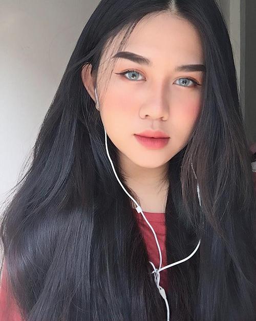 4 cô gái Việt xinh như Tây sành trang điểm, đáng để theo dõi ngay - 6