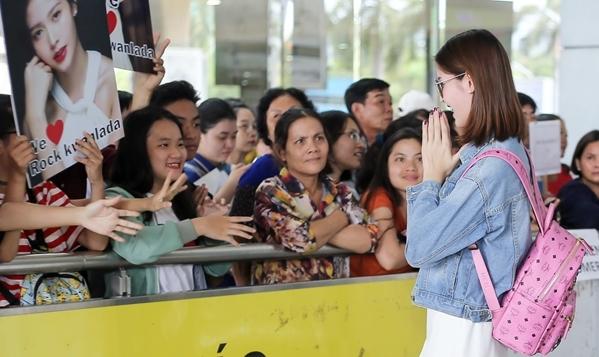 Nhan sắc đẹp không tỳ vết của người đẹp chuyển giới Thái Lan đến Việt Nam - 1