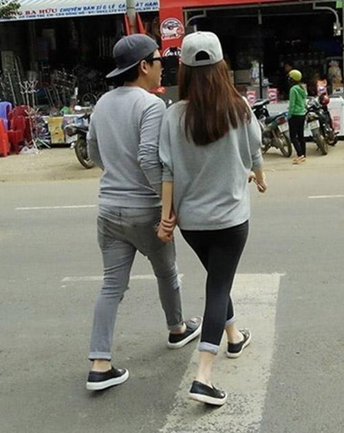 Trường Giang mặc áo đôi với Nhã Phương giữa tâm bão scandal - 5