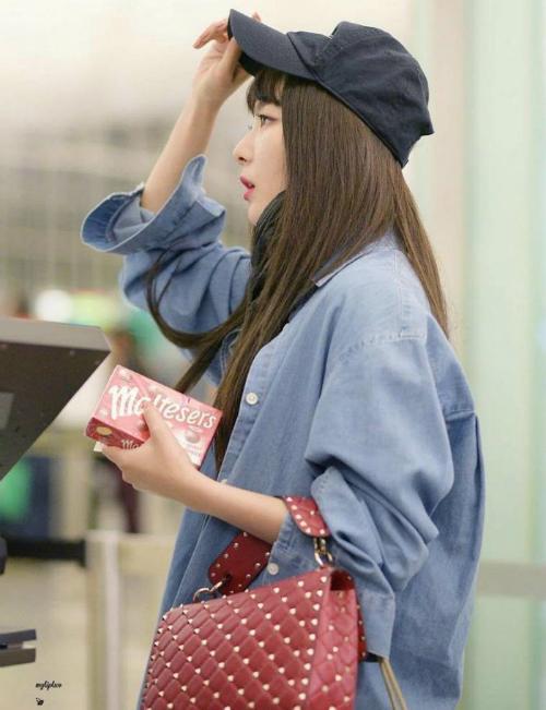 Seul Gi có gu thời trang đáng ngưỡng mộ.