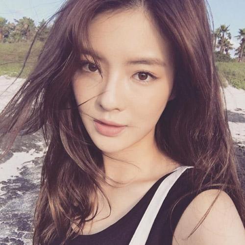 Lộ diện nữ chính may mắn đóng cặp cùng Lee Dong Gun và Rain - 1