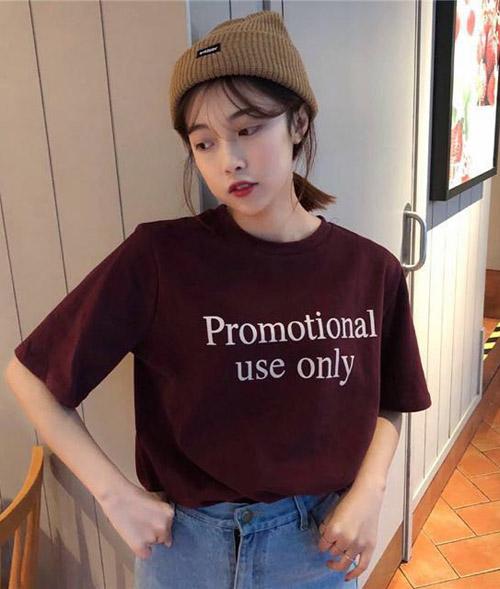 3 mẫu áo phông slogan hot nhất các shop thời trang ngày đầu hè - 11