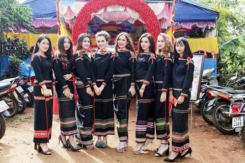 Quiz: Nhìn trang phục đoán tên các dân tộc của Việt Nam - 10