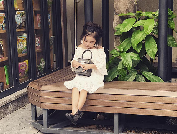 Style lớn sớm khó tin của chân dài 7 tuổi hot nhất Việt Nam - 8