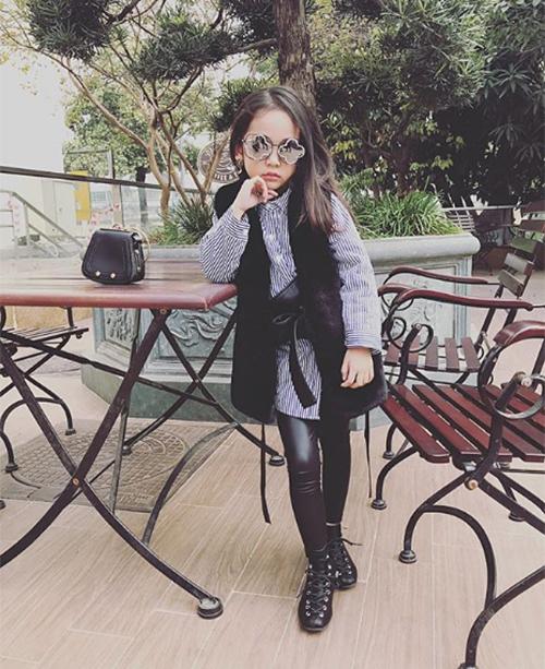 Style lớn sớm khó tin của chân dài 7 tuổi hot nhất Việt Nam - 5