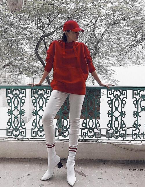 Bạn gái tin đồn Bùi Tiến Dũng mê tít mặc đồ cool ngầu như dân thể thao - 3