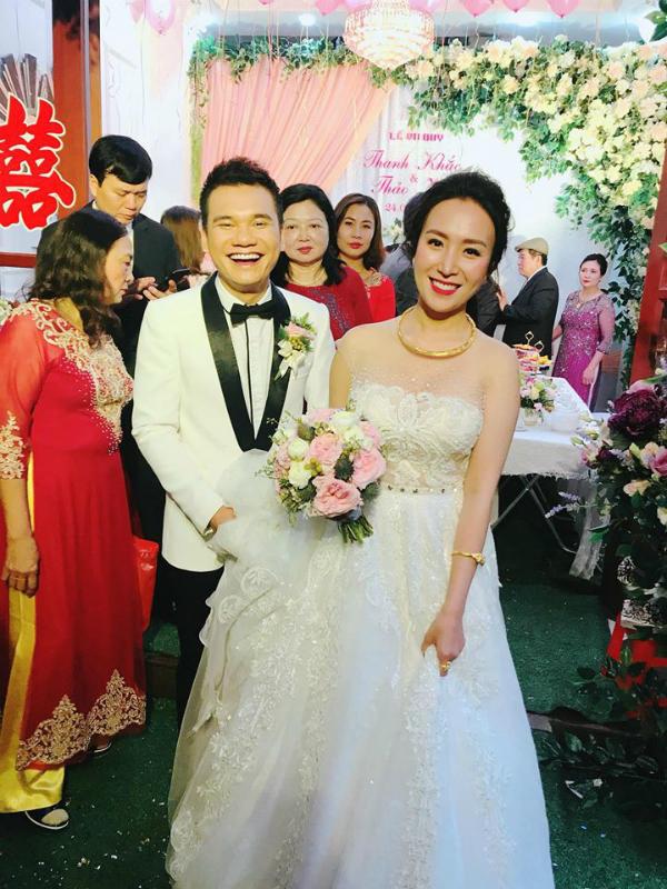 Lễ vu quy của Khắc Việt và bạn gái DJ xinh đẹp.