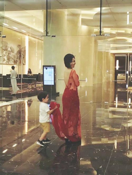 Thu Minh lần đầu để lộ mặt con trai sau 3 năm giấu kín