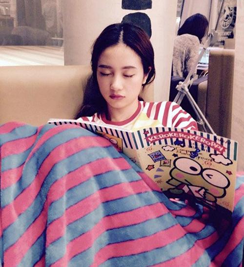 Sao Việt nằm ngủ vạ vật vẫn xinh như tiên nữ - 6