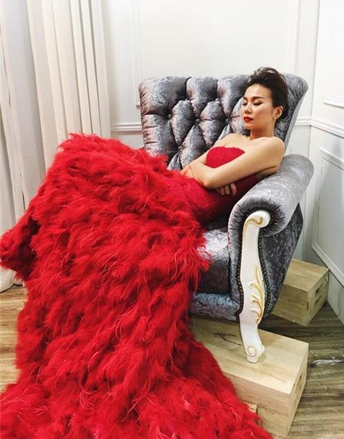 Sao Việt nằm ngủ vạ vật vẫn xinh như tiên nữ - 7