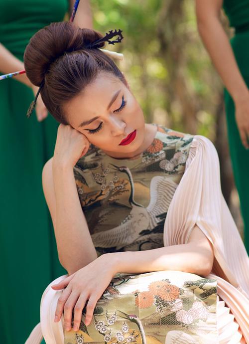 Sao Việt nằm ngủ vạ vật vẫn xinh như tiên nữ - 8