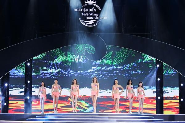 Thí sinh Hoa hậu Biển Việt Nam toàn cầu bóng bỏng diễn bikini đêm bán kết - 2