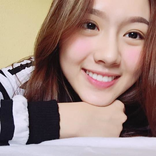 Ngoại hình xinh đẹp của Khánh Linh sau 4 năm tháo niềng răng.