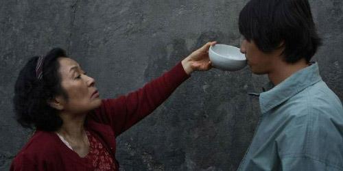 Trích đoạn gây sốc nhất trong phim Hàn Quốc về tình mẫu tử - 2