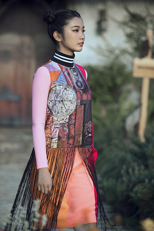 Con gái Phan Anh ra dáng hot girl khi diễn thời trang cùng bố mẹ - 8