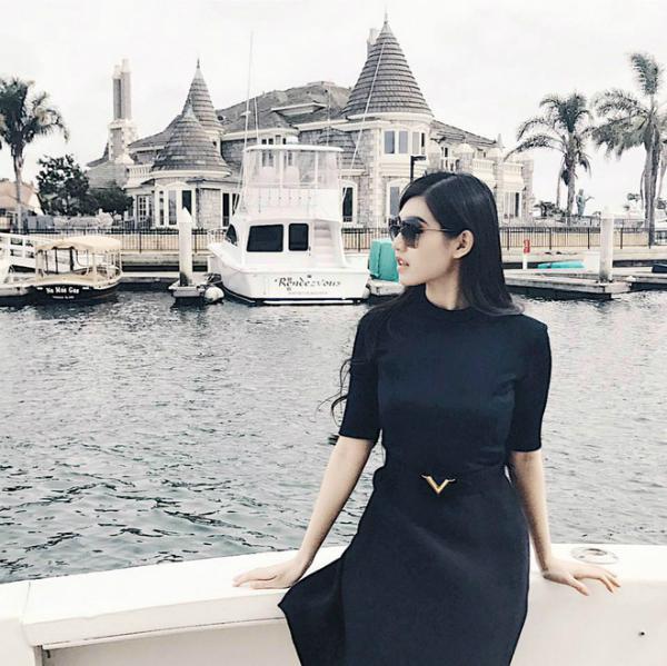 Bạn gái Phan Thành có cuộc sống sang chảnh chẳng thua kém gì 3 cô nàng hội rich kid Việt Nam - 17