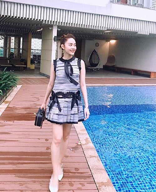 Sao Việt diện street style đa phong cách đi chơi ngày đầu hè - 11