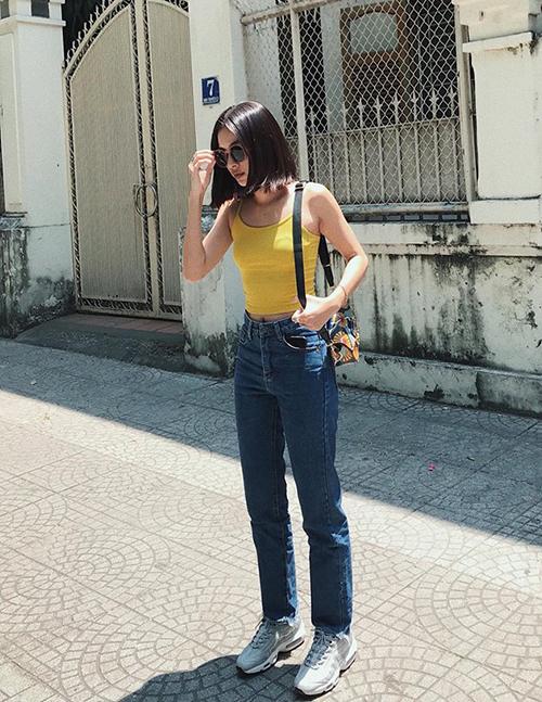 Sao Việt diện street style đa phong cách đi chơi ngày đầu hè - 5