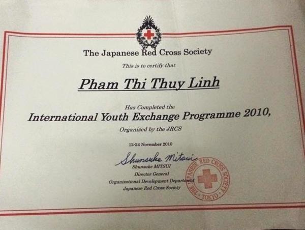 Thùy Linh trong chương trình trao đổi tại Nhật năm học lớp 12.