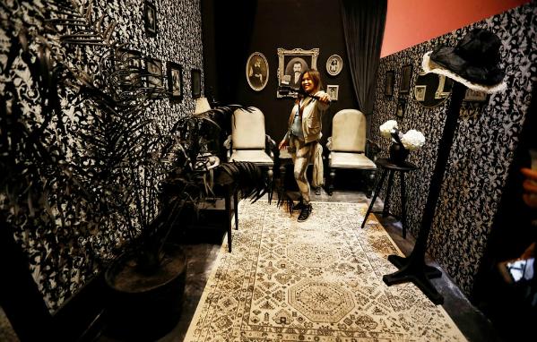 Một căn phòng trang trí theo phong cách vintage.
