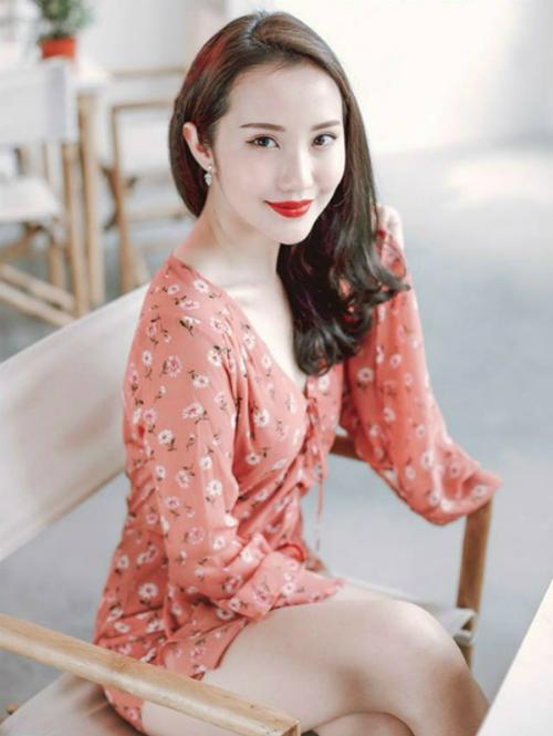 Bạn gái Phan Thành có cuộc sống sang chảnh chẳng thua kém gì 3 cô nàng hội rich kid Việt Nam - 4