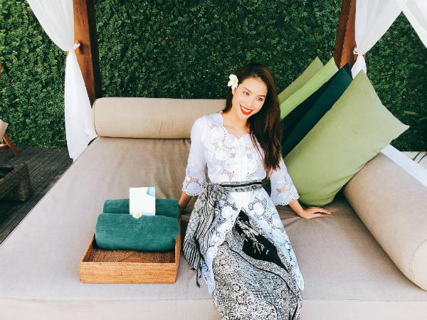 Phạm Hương diện trang phục Indonesia đọ sắc với dàn người đẹp quốc tế - 2