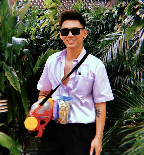 Dàn sao Việt chơi trội với quần áo loè loẹt tại lễ hội té nước Thái Lan - 12