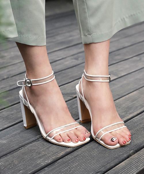 7 chiêu đi giày cao gót chuẩn như mẫu mà không đau - 3