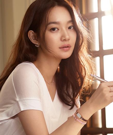Những lời ví von có cánh dành cho sao Hàn trong ca khúc Kpop  - 8