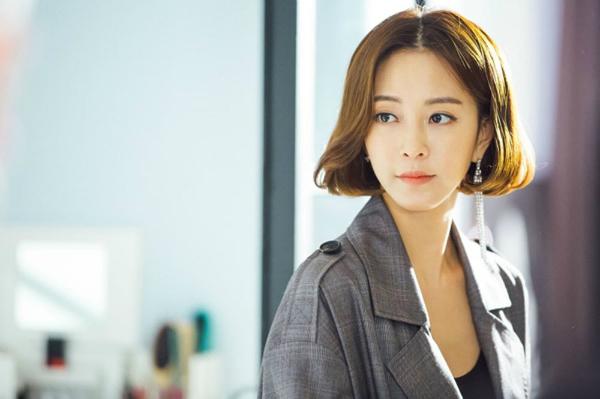 Han Ye Seul là nữ diễn viên xinh đẹp xứ Hàn.