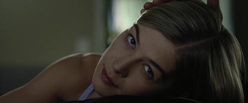 Cảnh nóng của Gone girl kinh dị nhất lịch sử điện ảnh - 1