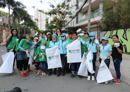 4.000 bạn trẻ thu gom 15 tấn rác trong Ngày trái đất 2018