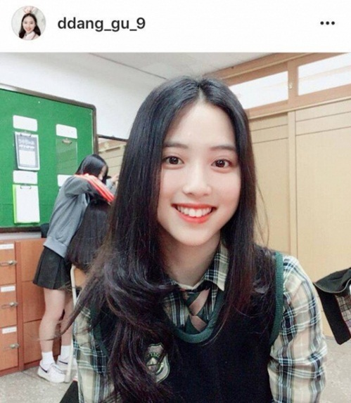 Thực tập sinh có nét đẹp kế thừa Na Yeon gây tiếc nuối khi rời JYP
