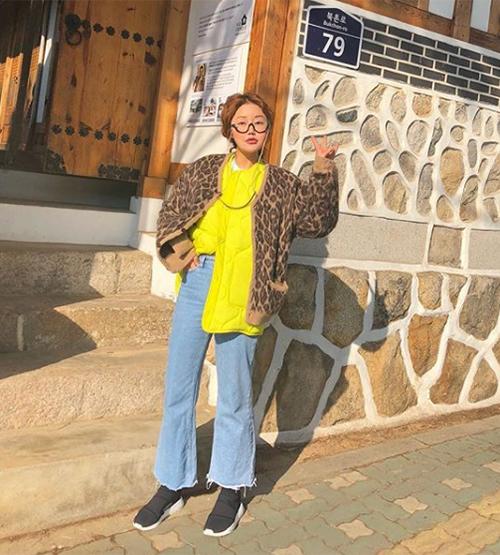 Phong cách của các nàng mẫu StyleNanda cũng như nhiều cô gái Hàn Quốc chịu ảnh hưởng rất nhiều từ người phụ nữ quyền lực này.