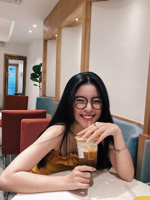 Tiết lộ kế hoạch trong tương lai gần, Quỳnh Thi cho hay có mơ ước trở thành một beauty blogger nên sẽ làm video chia sẻ bí quyết và kinh nghiệm làm đẹp với mọi người.
