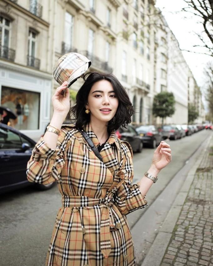 """<p> Sở hữu chiều cao 1,75 m chuẩn mực chẳng khác gì người mẫu, """"nàng thơ"""" mới của Sơn Tùng thoải mái chinh phục đủ kiểu thời trang cao cấp.</p>"""