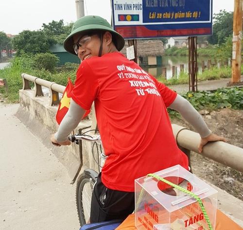 Tuấn làm bạn trên hành trình hành nghìn km với chiếc xe đạp