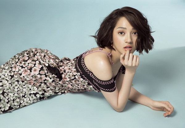 Nữ ca sĩ cho biết đang trả nợ những kế hoạch dang dở trong thời gian bị bệnh. Sắp tới cô sẽ có mặt tại Hà Nội để tham gia một vài sự kiện và quảng bá cho ca khúc mới.