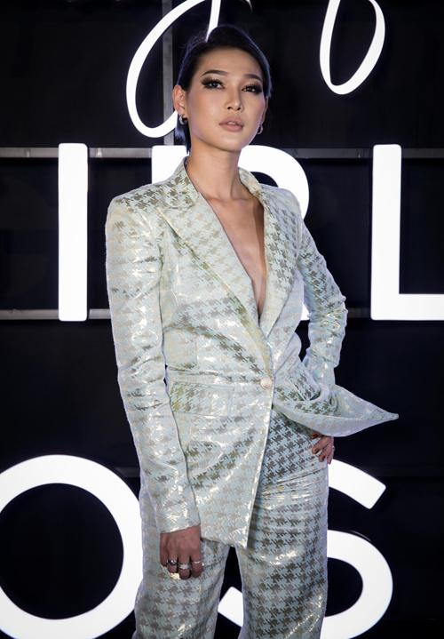 Diệp Linh Châu từng là học trò của Phạm Hương ở The Face.